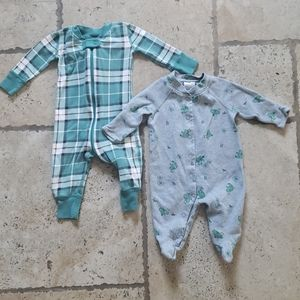 Hanna Anderson pajamas. 0-3 and 3-6 months 💜.
